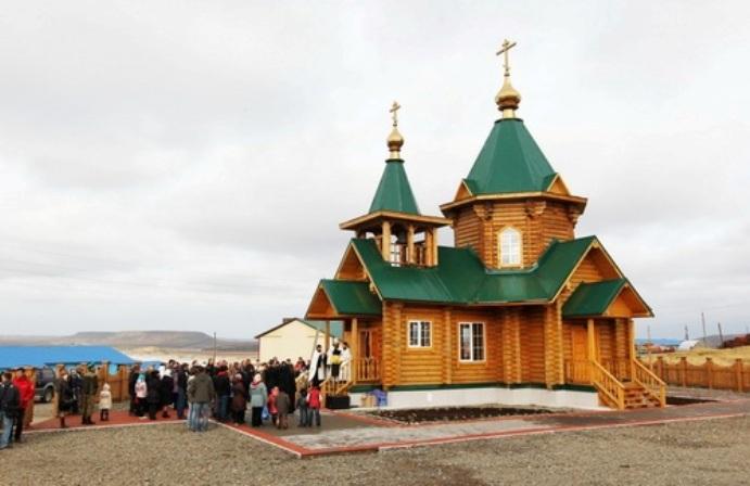 Храм Святителя Николая, о. Беринга